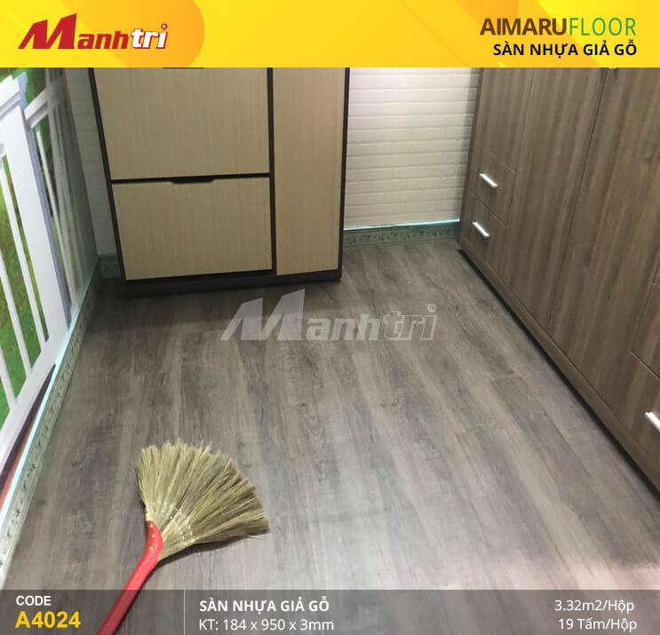 Mạnh Trí thi công sàn nhựa dán keo Aimaru 4024 tại Bùi Đình Túy, Q. Bình Thạnh